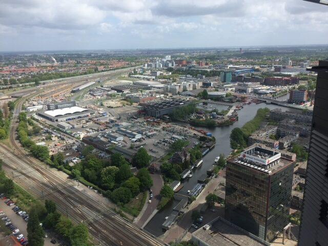 Gemeente en ondernemers maken afspraken over ontwikkeling bedrijventerreinen in regio Haaglanden